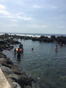 子連れに安心。岩囲い付きシュノーケリングスポット。伊豆稲取ウキウキビーチに行ってきました!